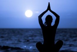 Chandra Namaskar - Il saluto alla Luna